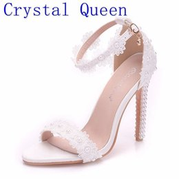 white pearl ankle strap shoes 2021 - Crystal Queen Women Pearl Lace Wedding Shoes Thin High Heels White Flowers Bridal Sandals Women Summer Up Wedding Shoes Woman Y200405