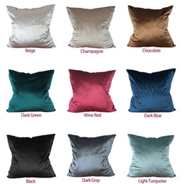 Wholesale Velvet Cushion Covers Solid Colors Throw Pillow Case Covers for Home Office Sofa Decoration Christmas Gifts