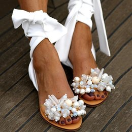 Discount white pearl ankle strap shoes 2020 Women Sandals Female Pearl Flat Woman Gladiator Ankle Wrap Women's Casual Shoes Ladies Summer Beach Footwear Plus Size