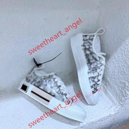 Dior shoes 2021 Progettista Sapatos Casuais Moda Flores Esportes Mulheres Sapatos Executando Impressão de Renda Grossa Fundo Lusso Bowling Shoe Grande Tamanho36-46 em Promoção