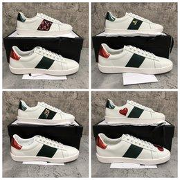 Vente en gros Chaussures de design de luxe Hommes Femmes Blanc de luxe de luxe Sneaker Sneaker à lacets Véritable Cuir Sneakers Fashion Femmes Casual Designer Sneaker