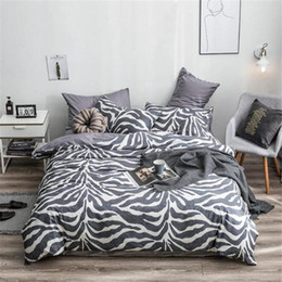 zebra print bedding sets Australia - Personality Bedding Set Home Zebra Pattern Bed Linen Cotton Four Seasons Bed Sheets and Pillowcases High Quality