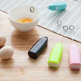 Wholesale Kitchen Utensils Mini Electric Handle Stirrer Egg Beater Tea Milk Frother Whisk Mixer Fast and Efficient Egg Blender For Kitchen