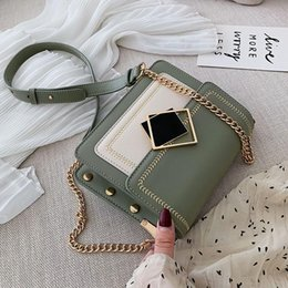 special cell phone 2020 - Chain Pu Leather Crossbody Bags For Women 2020 Small Shoulder Messenger Bag Special Lock Design Female Travel Handbags c