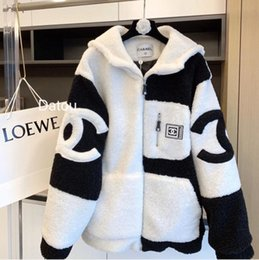 Wholesale women lamb fur coats for sale - Group buy 2020 Autumn winter thickening loose large size lamb hair motorcycle coat female winter thickening Hooded cotton padded clothes