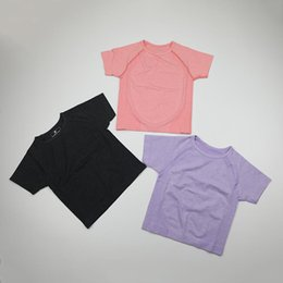 Wholesale short sleeve fitted crop tops resale online - Women s Seamless Short Sleeve Crop Top Yoga Shirts Slim Fit Running Fitness T shirts Workout Tops For Women Gym Sport Tshirt