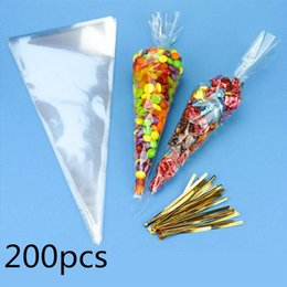 Discount sweets cones 200pcs Cellophane Cone Bags Clear Triangle Candy Bag Chocolate Sweet Cellophane Cone Favour Bag Wedding Birthday Party Decor