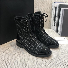 Autumn and winter new essential item top quality stitching color matching high top low heel short boots