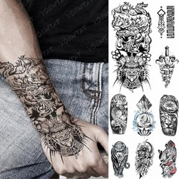 tätowierungen japanisch großhandel-Wasserdicht temporäre Tätowierung Aufkleber Drache japanische Samurai Flash Tattoos Lion Kompass Leopard Geometrie Body Art Arm Fälschung Tatoo WJ1K