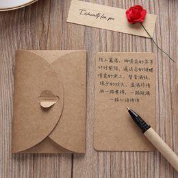 Ingrosso Cartolina d'auguri di carta kraft retrò creativo fai da te fai da te fatto a mano fiore essiccato compleanno compleanno San Valentino giorno universale blessing card regali vtky2168