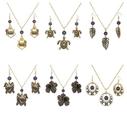 Wholesale Jewelry Sets of Earrings Necklace Factory Wholesale Round Leaf Black Pearl Polynesian People Tortoise Gold Plated Hawaiian Earring Set For Women