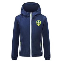 WINDBREAKER futbol formaları kış futbol rüzgarlık hoodie Lichtgevende ceket palto Koşu Ceket fermuar 2020-21 Leeds erkekler futbol ceket