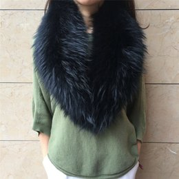 wholesale cotton linen scarves UK - Neck Shawl Raccoon Fur Collar Scarf For Muffler 100% Warm Raccoon Scarves Size Big Fur Natural Real Fashion Winter Thick Women Ncmvf