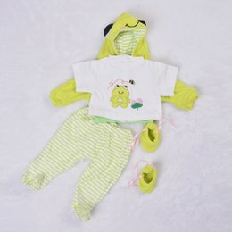 baby clothes frogs Canada - Fashion 55-57 cm Babies Clothes For Baby Boy Suit 22-23 Inch Reborn Dolls Real Like Frog Prince 4 pcs Coat Pants Shirt Socks Y201001