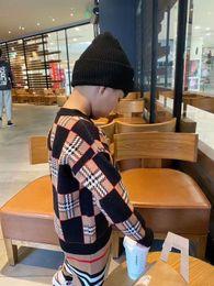 Envío gratis Invierno Baby Girls Boys Sweaters Soft Algody Boys Puntover Kidrover Kids Suéter Ropa para niños en venta