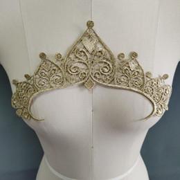 couronne en dentelle or fil métal fleur broderie dentelle costumes Tissu couture Appliqué Garniture pièce Applique dentelle en Solde