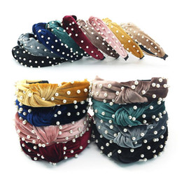 Wholesale New style ladies' knotted pearl headband gold velvet knotted headband Fashion temperament lady's headband pearl wide edge hairpin