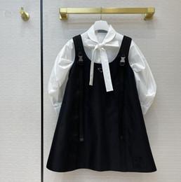Großhandel 21SS neue Frauen Casual Work Hemden Kleider Mode High Quality Hemden Spiel Hosenträger Kleid Re-Nylon Stil Rock mit invertiertem Dreieck SML