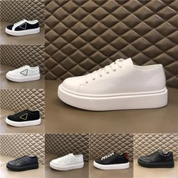 Top Platform Shoes Fashion White Men Women Shoes Leather Lace Up Sole Sneakers White Black Outdoor Casual Shoes Sneakers pr̴ada p1