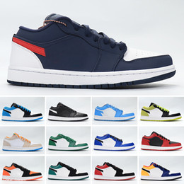 black box stock NZ - 2021 1 Low UNC Paris Shadow Chicago Jumpman 1s Women Mens Shoes Black Toe Travis Scotts Trainers Sneakers With Stock Box X