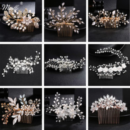 blue moon jewelry Canada - 2021 Wedding Crystal Peals Hair Combs Bridal Hair Clips Accessories Jewelry Handmade Women Head Ornaments Headpieces for Bride