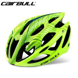 Venda quente capacete ciclismo super luz adulto bicicleta bicicleta bicicleta capacete respirável segurança mountain cascos ciclismo capacete m tamanho em Promoção