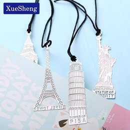 ingrosso uffici di londra-1pc London Eiffel Tower Statue of Liberty Book Markers Metal Bookmark for Stationery Books Office Qylossy