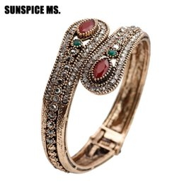 Discount vintage antique turkish jewelry Exquisite Turkish Red Resin Retro Bangle Vintage For Women Antique Gold Color Boho Wedding Jewelry Spring Opening