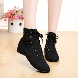 Wholesale Cheap New Men Women Sports Dancing Sneakers Jazz Dance Shoes Lace Up Dancing Boots Blue Red Black Tan Green White Sneakers 201017