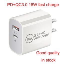 Venta al por mayor de PD 18W CARGA RÁPIDA QC3.0 USB C Tipo C Adaptador de alimentación de cargador rápido de alta calidad para iPhone 12 para Samsung S20 Smartphone