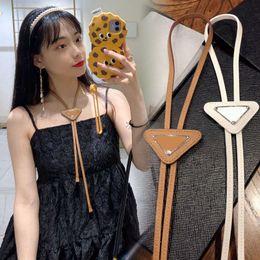 Toptan satış Moda Bağları Erkekler ve Kadınlar Için Deri Boyun Kravat Yay Desen Mektuplar Boyun Kürk Katı Renk Kravatlar