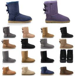 2020 австралия ботинки женщин каштановых снегоступов розовых темно-синий черный мода классические лодыжки короткие ботинки женских зимней обувь на Распродаже
