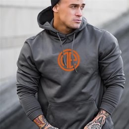 Wholesale stringer hoodies resale online - Men s Fashion fitness coat Singlets Sweatshirts Mens Hoodies Stringer Bodybuilding Fitness Shirts Suitable For Autumn