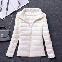 Wholesale designer puffer jacket resale online – Winter White Coat Plus Size Womens Jackets Short Ultra Light Duck Down Coats Hooded Puffer Jacket Autumn Parkas