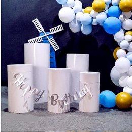 Venta al por mayor de 5pcs Productos Fashes Cilindro redondo Pantalla de pedestal Pantalla de arte Decoración Pilares Pilares para DIY Decoraciones de Boda Vacaciones