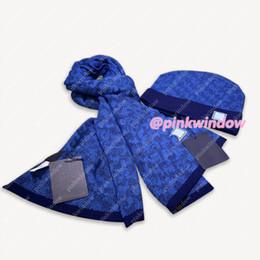 Vente en gros HotSale Hommes Cachemire Scarf Beanie Ensembles Luxurys Designers Caps Caps Chapeaux Mens Femmes Hats Casquette Cappelli Firmati 20122902L