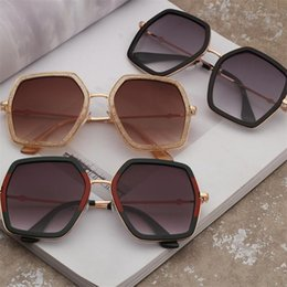 Discount goggle type sunglasses fashion Sunglasses Cross-border sunglasses lady trend new type of with metal polygonal1