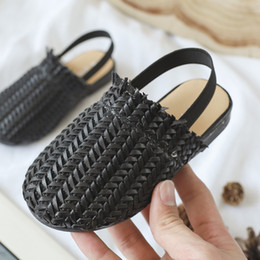 Wholesale white girl braids resale online - Summer Kids Sandals For girls Braided shoes Fashion Toddler baby PU Leather Beach Sandals Soft Children Casual princess Slippers J1211