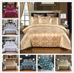 Discount jacquard bedding sets Luxury European Three Piece Bedding Sets Royal Nobility Silk Lace Quilt Cover Pillow Case Duvet Cover Brand Bed Comforte