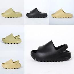 Костяные скольжения младенческие новорожденные детские туфли смола скользят на сажа мальчики девочек детские сандалии с коробкой размером 23-35 на Распродаже