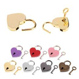 Ingrosso Lucchetti a forma di cuore vintage mini amore lucchetti con chiave per borsetta per borse da diario piccolo bagaglio da disegno DHA2698