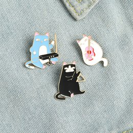 Wholesale playing guitars online – design Playing guitar cat s brooch cat s musical instrument playing pin Bag Clothes Lapel Pin Kitten Cafe Badge Animal Jewelry Gift for Kids Friend