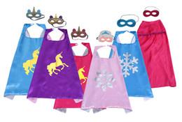 Ingrosso Multi-style Doppio strato Unicorno Supererourno Cape e Maschera Set 70 * 70 cm Bambini Bambini Satin Fancy Dress Halloween Costumi Cosplay Bomboniere per feste