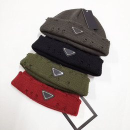 Wholesale 2020 Fashion bean-hat brand men and women winter hats broken cap sport knit cap thickened warm casual outdoor cap double-sided bean-hat