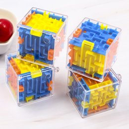 Venta al por mayor de 3D Maze Magic Cube Transparente de seis caras Puzzle Speed Cube Rolling Ball Juego Cubos Maze Juguetes para niños educativos