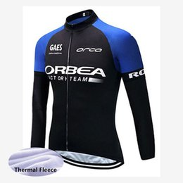 ingrosso camicie aqua-Uomini Inverno in bicicletta Jersey Pro Team Orbea Aqua Protect Vervanclassic Winter Whermal Fleece Manica lunga Camicia Bici Bicycle Tops Y20040101