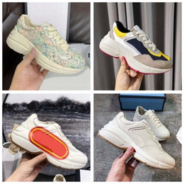Wholesale web prints resale online - New leather sneaker Men Women shoes with Strawberry wave mouth Tiger Web print Vintage Trainer man women Shoes Casual shoes hm011 pg01