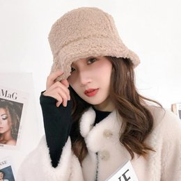 Discount european winter fashion for men Hats for Women Beanie 2020 European and American Autumn and Winter Fashion Woolen Duck Down Cap Warm Retro Student Bucke