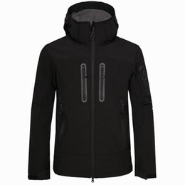 helly hansen venda por atacado-New Men Jacket Jacket Capeted Shell Inverno para Windproof Macio Waterproof e Softshell Helly Hansen Casacos Casacos Vermelho VXOSK