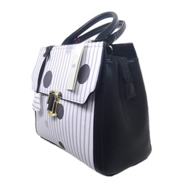 Wholesale nude women animals resale online - The high quality Hot Sale Fashion Celebrity Women Shoulder Handbags PU white black and grey